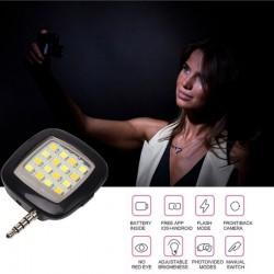Blitz pentru telefon cu 16 LED-uri si 3 trepte de luminozitate