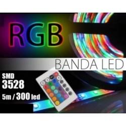 Banda Leduri 5m cu 300 LED-uri si telecomanda