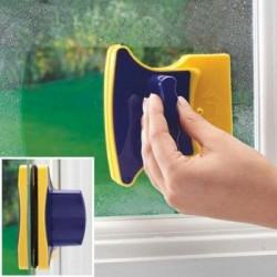 Dispozitiv magnetic de curatat geamuri, oglinzi sau usi de sticla