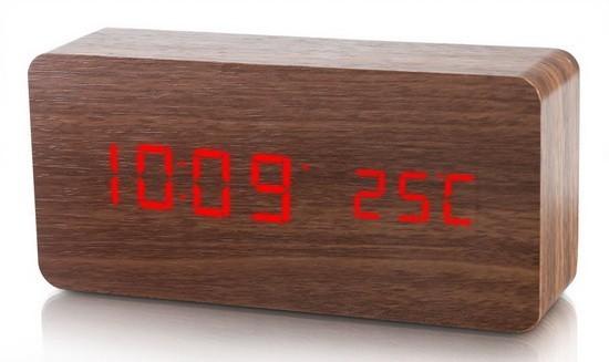 Ceas LED de birou cu carcasa din lemn imagine techstar.ro 2021