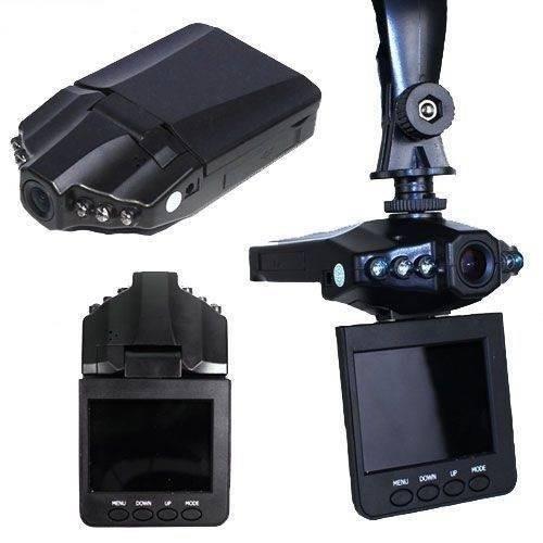 Camera Auto HD DVR, ecran 2.5 inch, Rezolutie HD