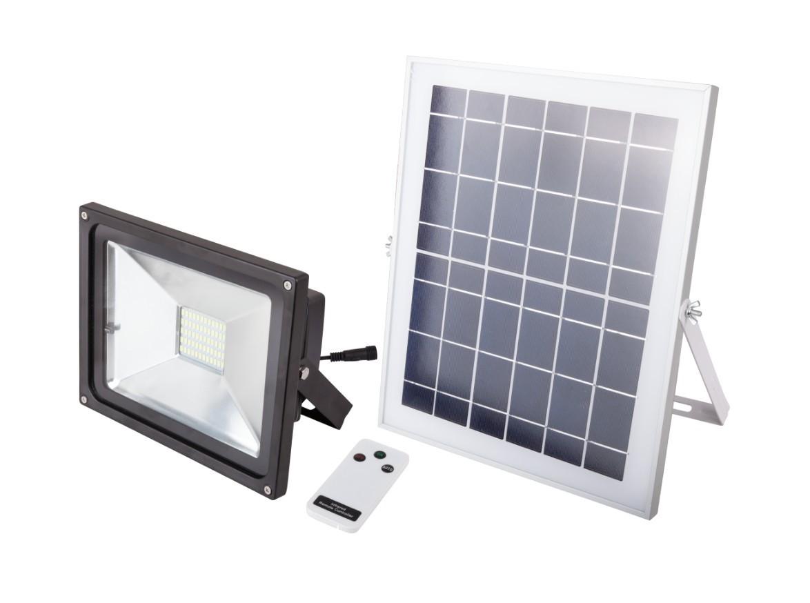 Proiector LED cu Incarcare Solara si Telecomanda Putere 9W (Set) imagine techstar.ro 2021