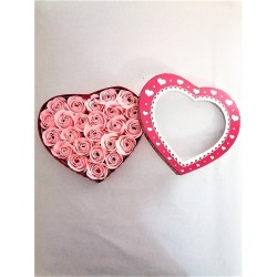Cutie Cadou cu Trandafiri din Spuma Roz Pal in Forma de Inima