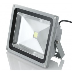 Proiector LED SMD 50W Economic 6500K ( Lumina Rece) 220V de Interior si Exterior Rezistent la Apa c39